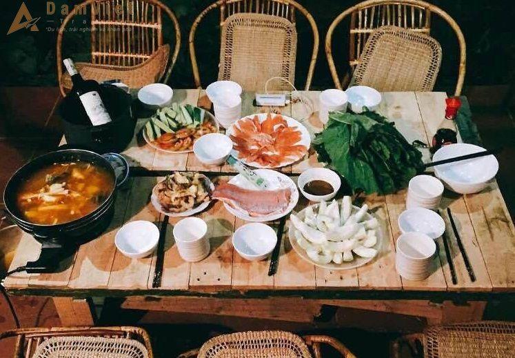bữa ăn ở Bơ House Mộc Châu