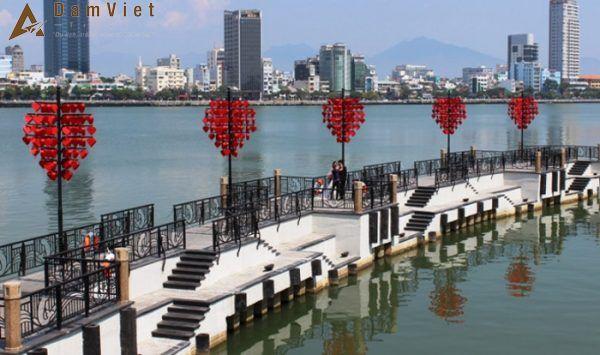 Cầu tình yêu ở Đà Nẵng