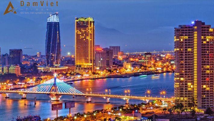 Phố Biển Đà Nẵng về đêm