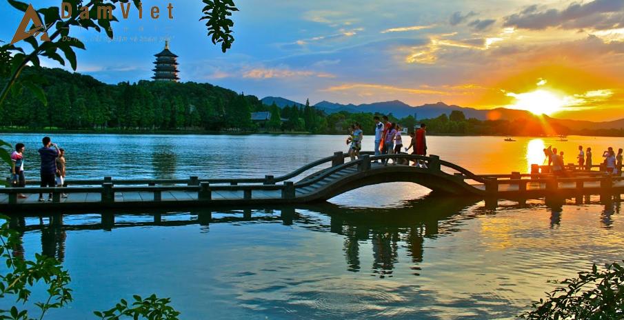 Tour du lịch Thượng Hải-Hàng Châu-Ô Trấn