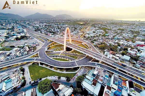 Cầu vượt ngã ba Huế ở Đà Nẵng