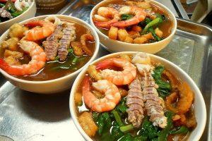Những món ăn đặc sản khó quên ở Vịnh Hạ Long