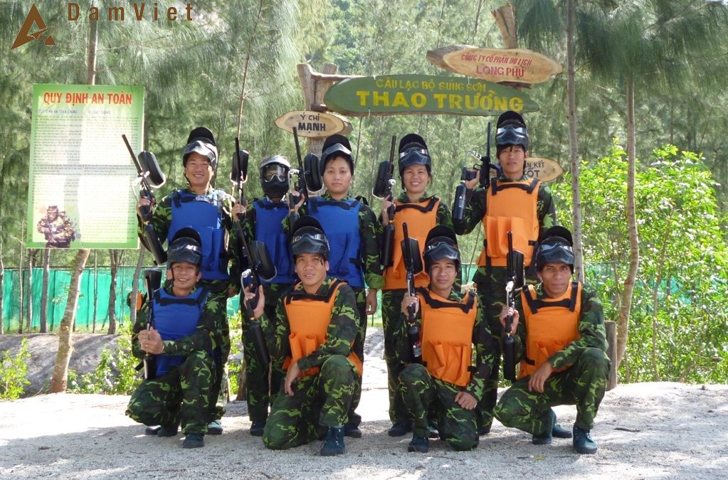 bắn súng sơn ở Đảo Hoa Lan