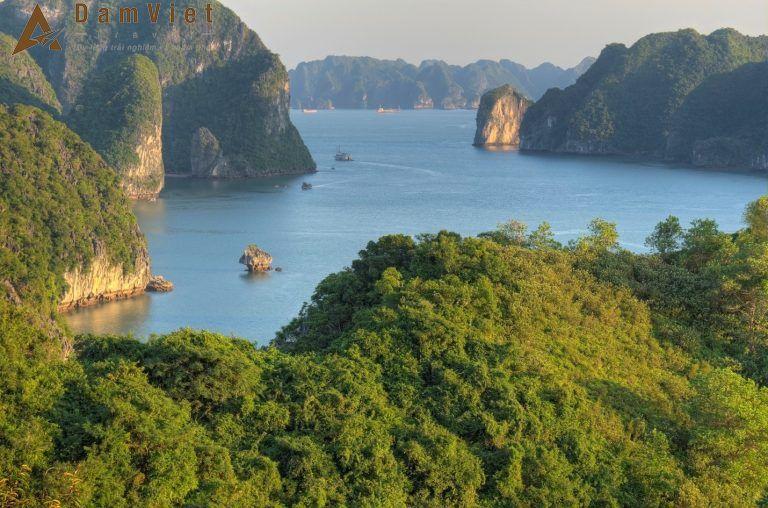 đảo TiTốp ở Hạ Long