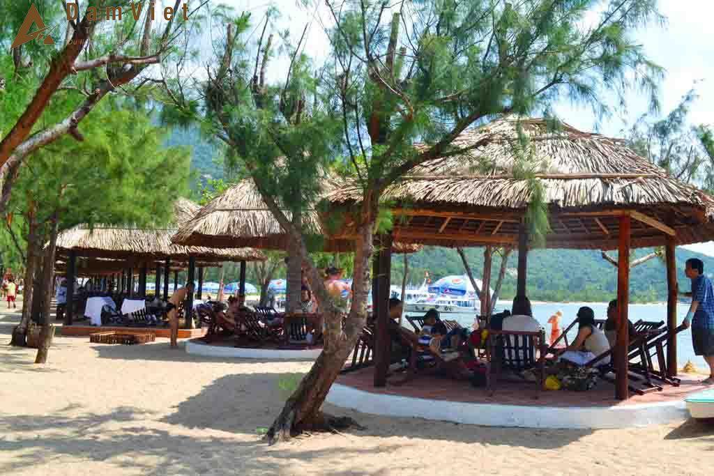 khu lều nghỉ ở Đảo Hoa Lan