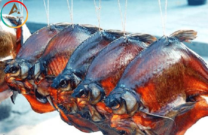 Cá muối ởPhượng Hoàng Cổ Trấn